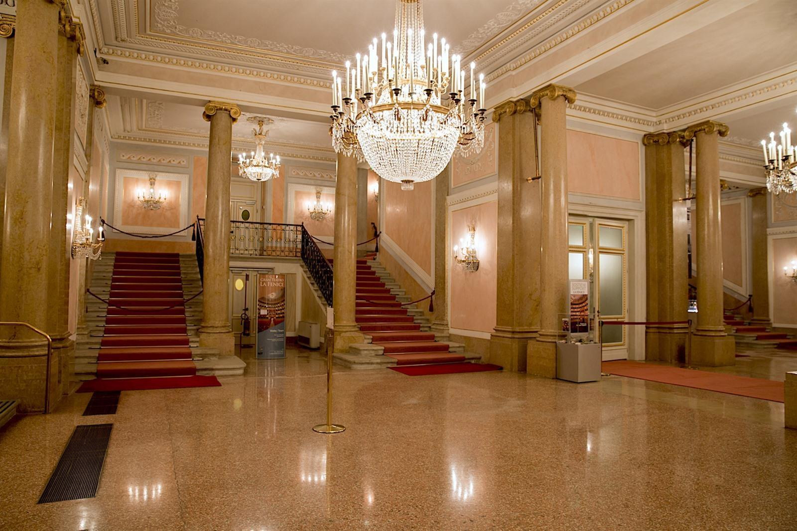 Teatro la fenice in venetië bezoeken: info tips & wat te zien?