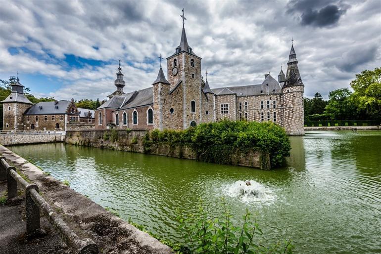 Kasteel van Jehay in Amay