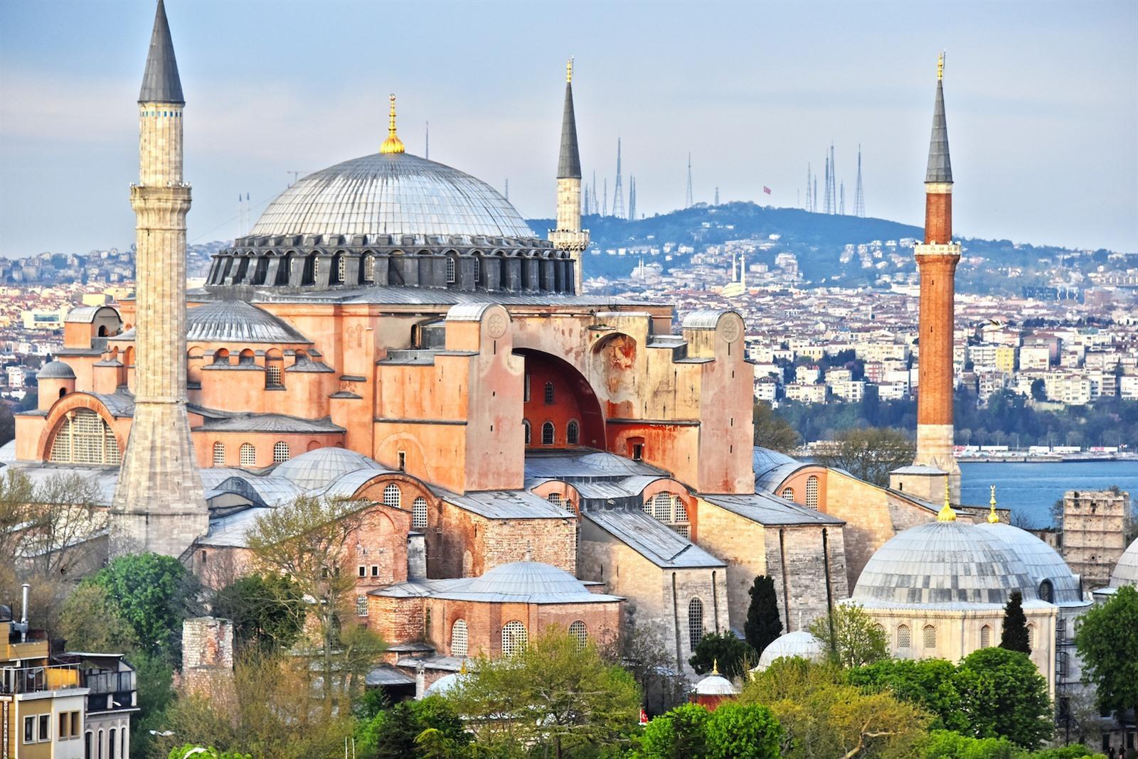 Paleis Naast Aya Sofia.Hagia Sophia In Istanboel Bezoeken Tips Info Foto S Aya