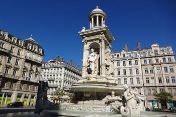 Lyon, Place en Fontaine Jacobins