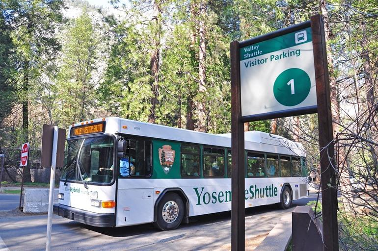 Yosemite Shuttle bus