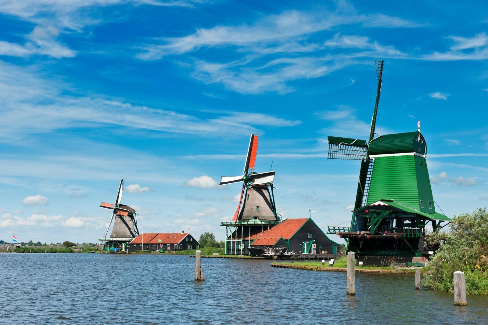 De Zaanse Schans bezoeken? Molens, tickets & verblijf tips