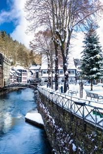 Kerstmarkt Monschau 2019 Bezoeken Wandeling Langs De Kerstmarkten